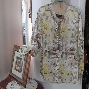 Women's plus size tunic blouse